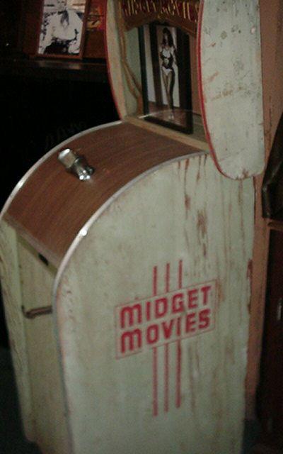 Exhibit Supply Capitol Projector Corporation Midget
