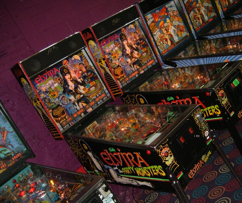 Bally Elivra and the Party Monsters pinball  collector buying