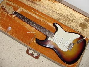 1959 Fender Stratocaster guitar 1960 Fender Strat guitar 59 60 collector info vintage preCBS
