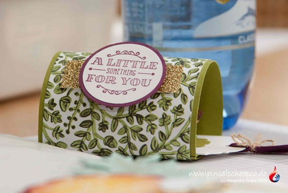 stampin-up_a-little-something_ziehverpackung_am-waldrand_pinselschereco_alexandra-grape_0