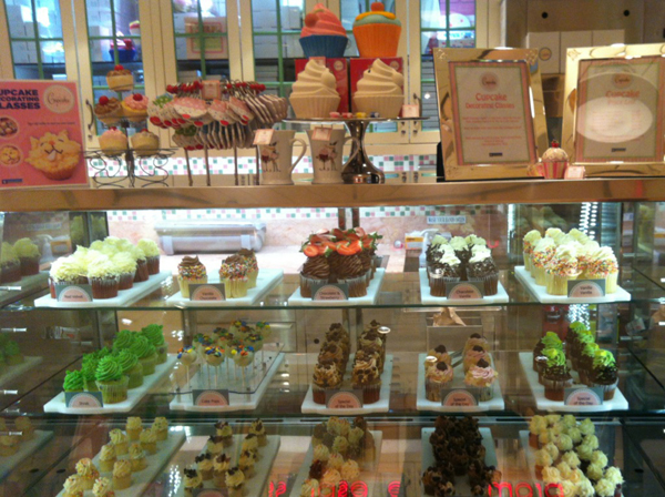 Tienda_shopping_Cupcakes_Crucero_Royal_Caribbean_PintandoUnaMama