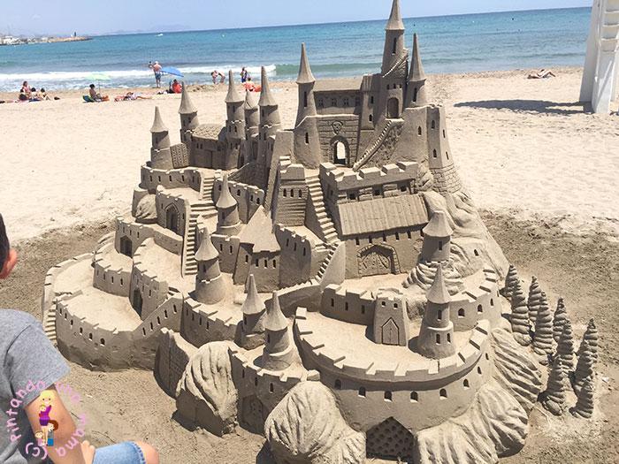 castillo-arena-playa-campello