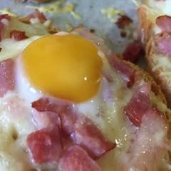 Panecillos de Queso Especiales con Bacon y Huevo de Codorniz