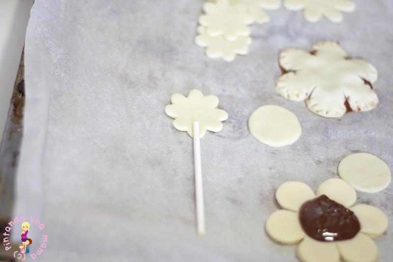 piruletas-hojaldre-con-chocolate