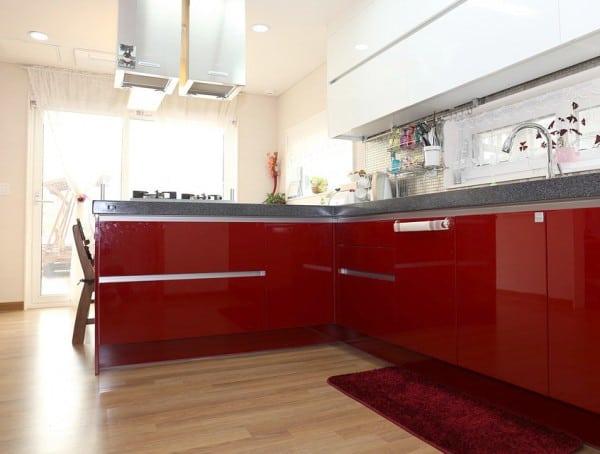 Cocinas en blanco y rojo  PintoMiCasacom