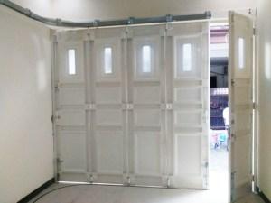 Harga & Desain Pintu Garasi Besi Minimalis