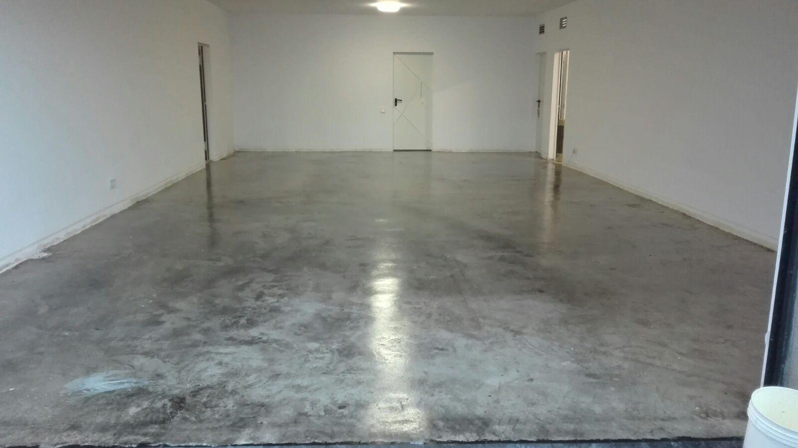 Pintar suelo de garaje Presupuesto de pintura Sin