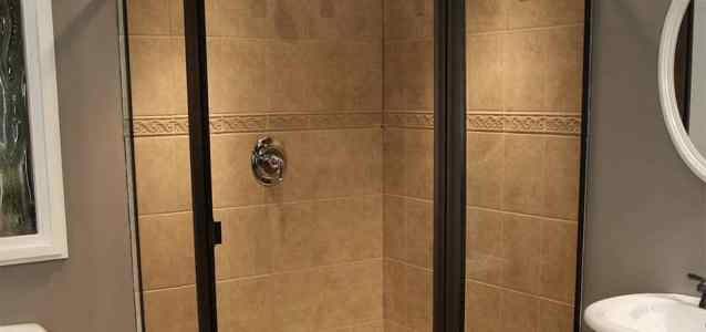 Example of a Neo-Angle Shower Enclosure