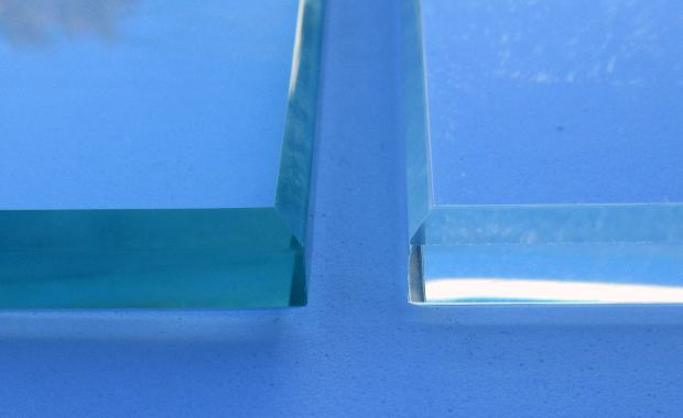 Clear Glass vs. Low Iron Glass difference comparison photo