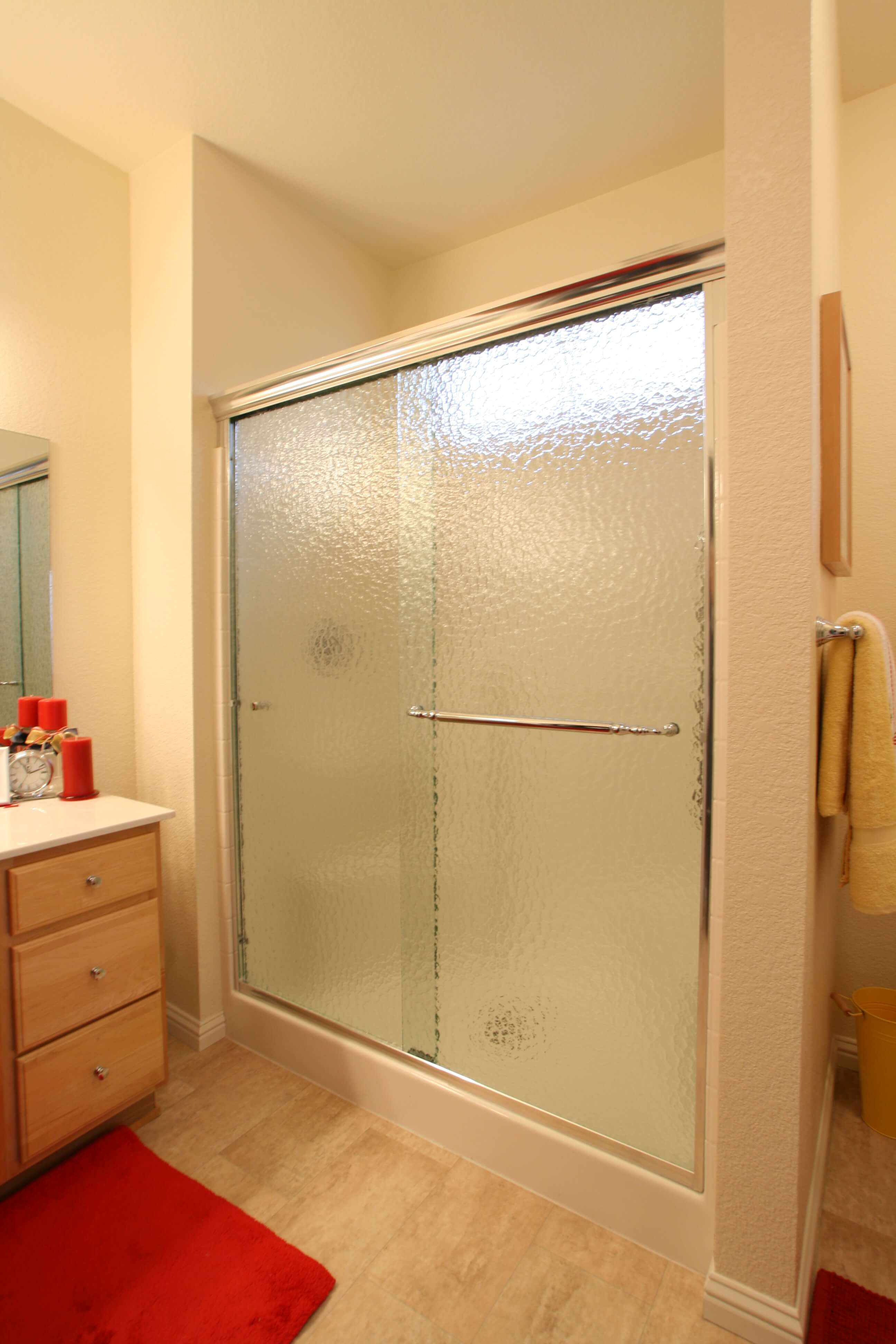 Apollo Sliding Shower Enclosures - CH-Monumental 01