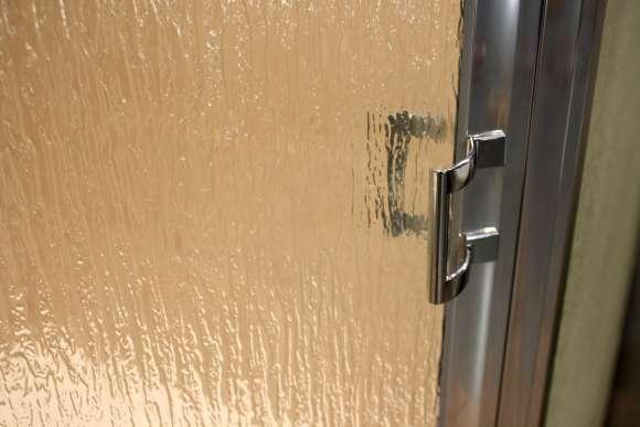 Shower Enclosure, Craftsman Swing Series - Chrome-Rain - Detail 2