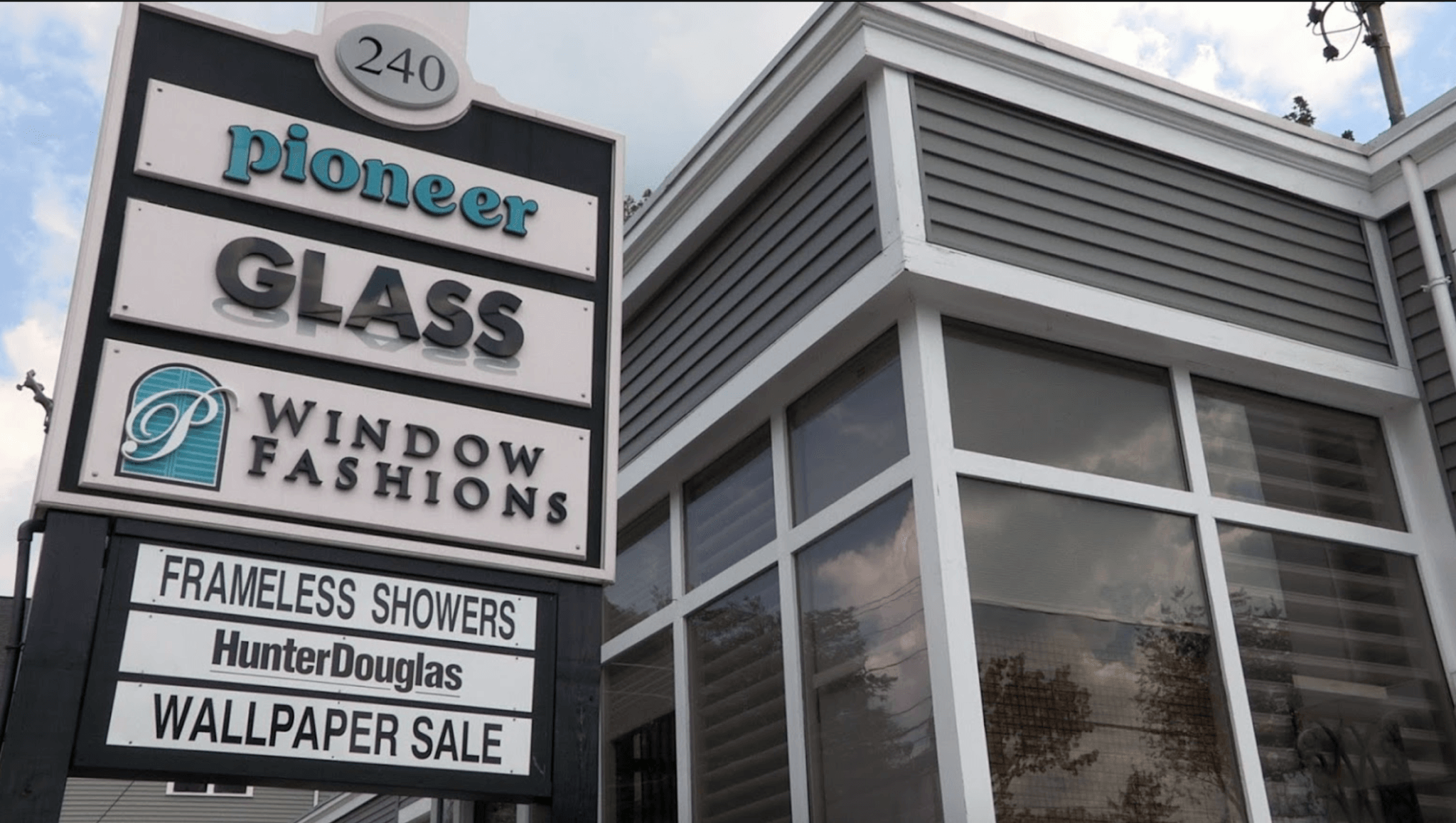 Pioneer Glass sign building
