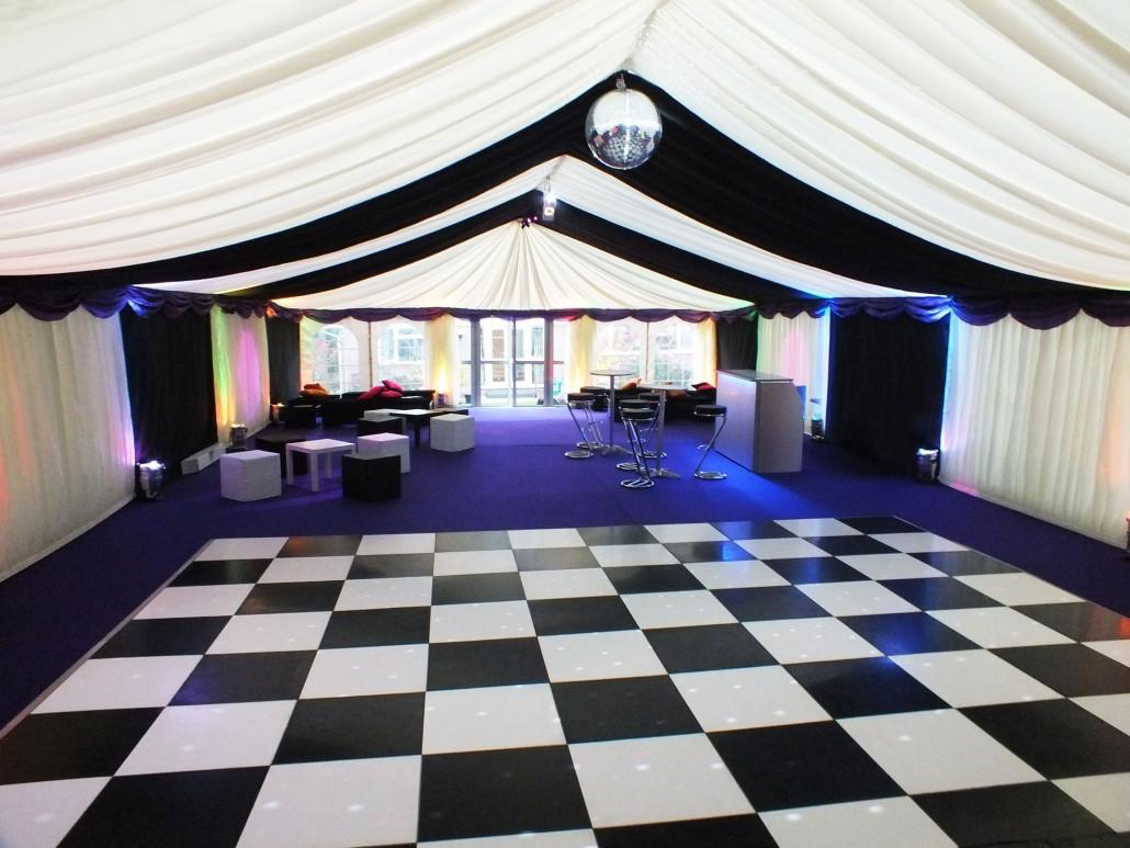 wedding chair hire algarve luxury executive office chairs uk dance floor flooring portable