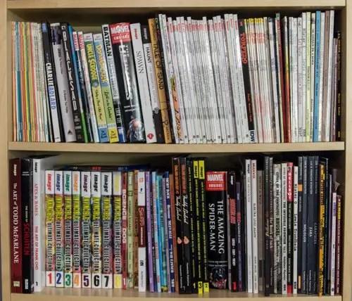 Bookshelf 1 with Asterix, Ducks, Invincible, etc.