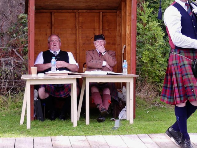 Tempos, teaching and new tunes among lively discussion at Solo Piping Judges Association AGM and seminar