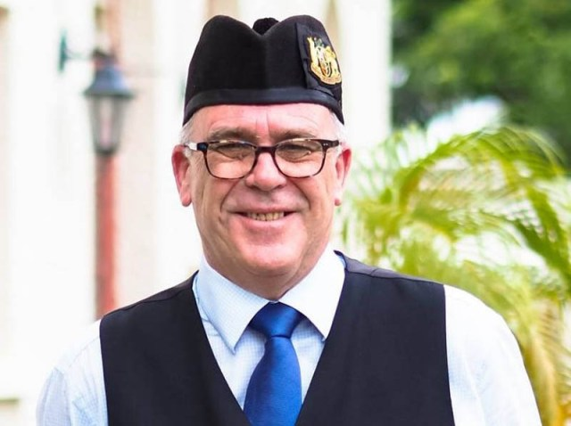 Earl re-elected to third Pipe Bands Australia term