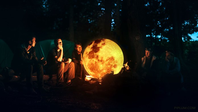Moon-is-on-fire.-The-Surreal-World.-Photo-Manipulation-wallpaper-phone-pc-amazing-beautiful-space-cosmos