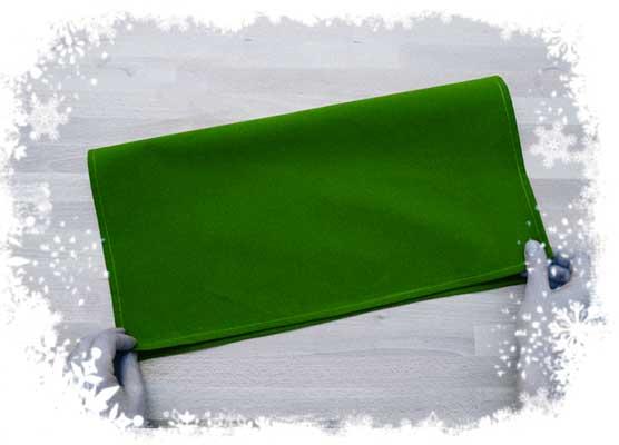 Christmas-tree-foldin-tutorial-Preparing-cloth-Step-1