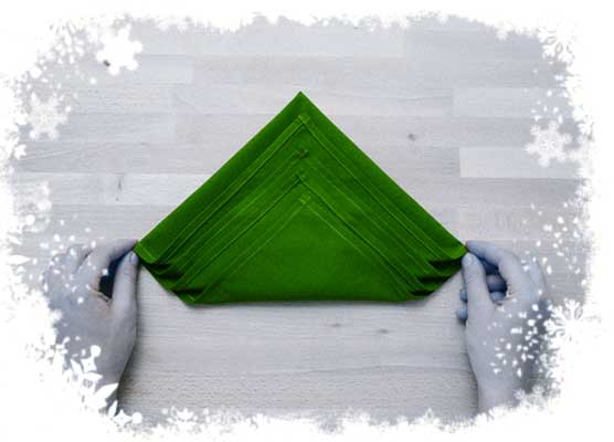 Christmas-tree-folding-tutorial-Leaving-1-inch-between-each-layer-Step-2.
