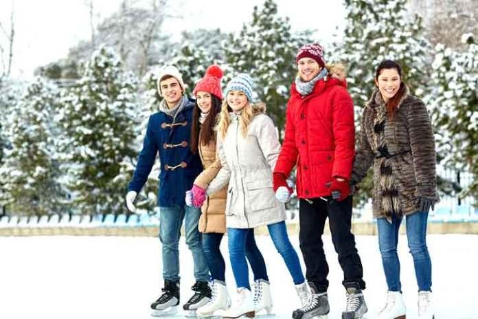 ice-skates-shoot-for-group