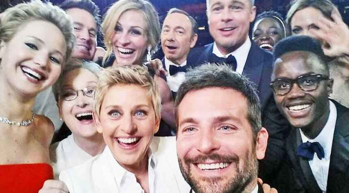 celebrities-group-selfie-hollywood-Jennifer-Lawrence-Ben-Affleck-Meryl-Streep-Julia-Roberts-Kevin-Spacey-Brad-Pitt-Ellen-DeGeneres-Bradley-Cooper