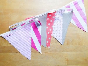 no-sew bunting by pippapiemaker.com