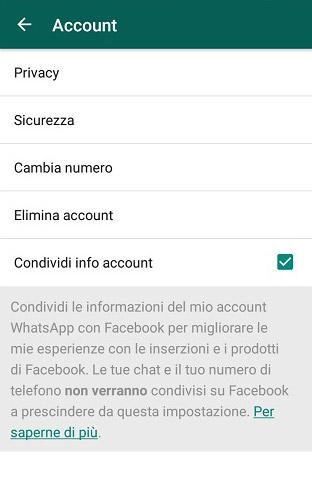 WhatsApp condividi info account facebook