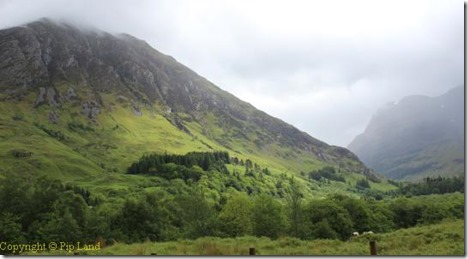 glencoe_entrance