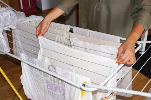 Hausarbeit  Wsche aufhngen  lizenzfreie Fotos  Bilder kostenlos herunterladen ohne Anmeldung