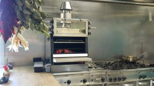 Pira 70ED charcoal oven in the kitchen of Sollo by Diego Gallegos.