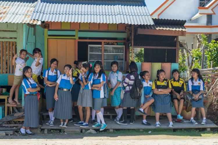 Siswa di Sulawesi, Indonesia