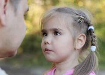 Dengan mengetahui apakah anak Anda berusaha membohongi Anda dengan sengaja, Anda akan bisa merancang respons yang lebih efektif/from www.shutterstock.com