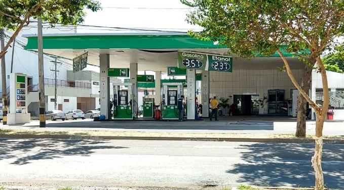 Preço médio da gasolina chega a R$ 4,58 no Piauí