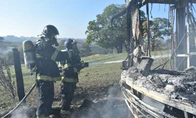 Via ágil - ônibus em chamas