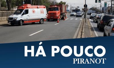 Acidente envolvendo moto e caminhão congestiona trânsito, em Piracicaba