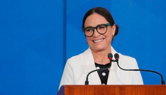 Após questionar presidente sobre 'fritura', Regina Duarte deixa Secretaria de Cultura