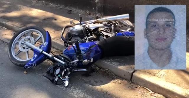 Na imagem podemos ver a motocicleta e uma foto do rapaz ao lado