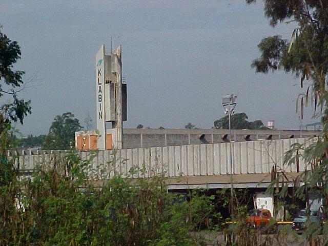 Empresa anunciou duas vagas de emprego para Piracicaba - Foto: Reprodução / Domoglass