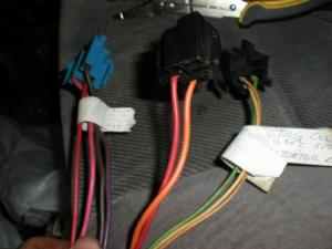 Wiring an Ignition Toggle switch and Push button Start  Pirate4x4Com : 4x4 and OffRoad Forum
