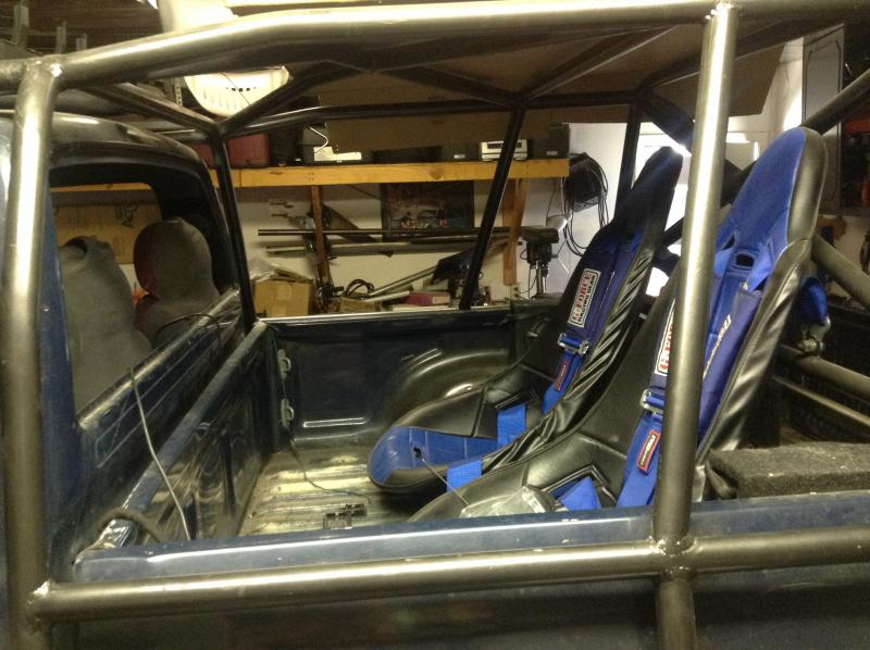 Toyota Pickup Bed Roll Bar