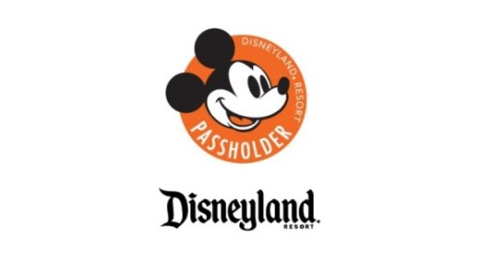 Disneyland Annual Passholder logo