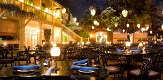 Blue Bayou dining experience
