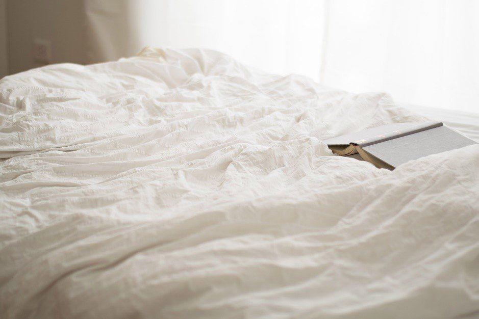 Leer antes de dormir va muy bien