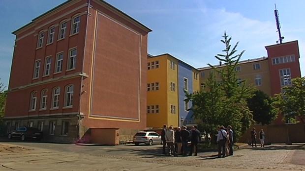 Die Sanierung der Pestalozzi-Oberschule in Pirna-Copitz ist gestartet. Für rund 13 Millionen Euro wird das […]
