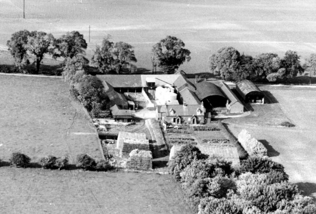 Highdown House was built on high ground by Thomas Docwra in 1612. Its adjacent farmyard, seen here, replaced the one attached to Middle Farm in Docklands, when it was burnt down in the 1860s. Highdown ,Walnut Tree and Middle Farm were owned by Radcliffe lord of manor who owned 50% of land in the parish. After his death it passed to the Priory Estates in Hitchin. The Estate in Pirton was sold in lots in 1975, land went to Parish Brothers of Higham Gobion and houses sold separately.