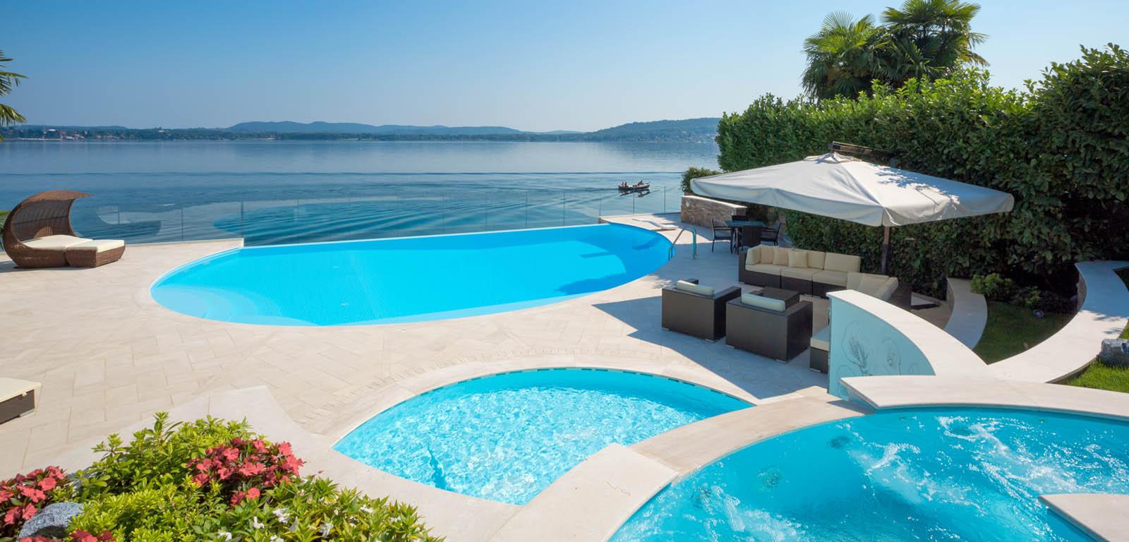RELLUX costruzione piscine verona vendita e assistenza