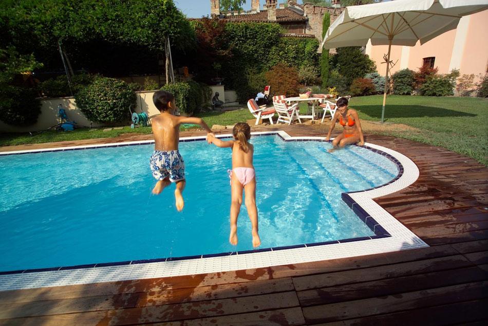 Piscine Rimini di Progetto Verde  Co  progetta installa e vende piscine minipiscine e piscine