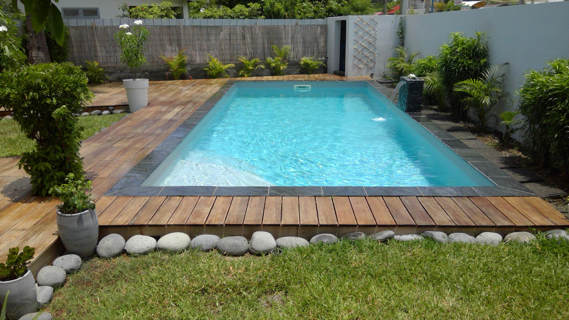plage piscine 974