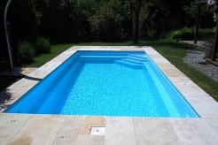 piscine coque polyester cap vert