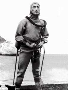 Jack Cousteau traje buceo